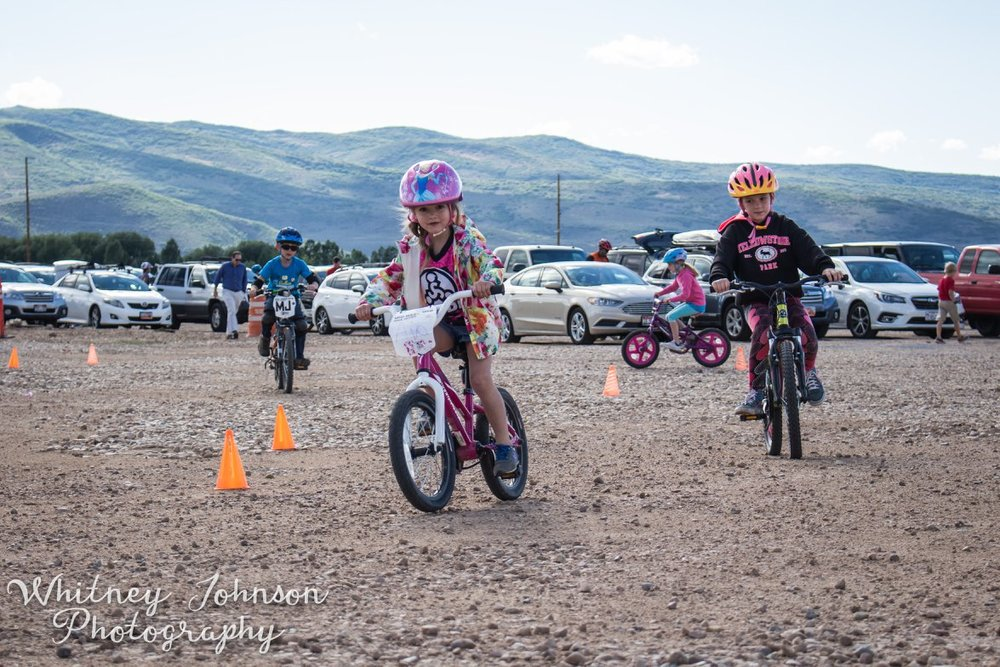 Participants in the free Kids' Race shred at High Star Ranch.