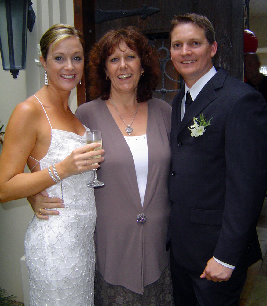 noosa-celebrant-Matthew-and-Sharon.jpg