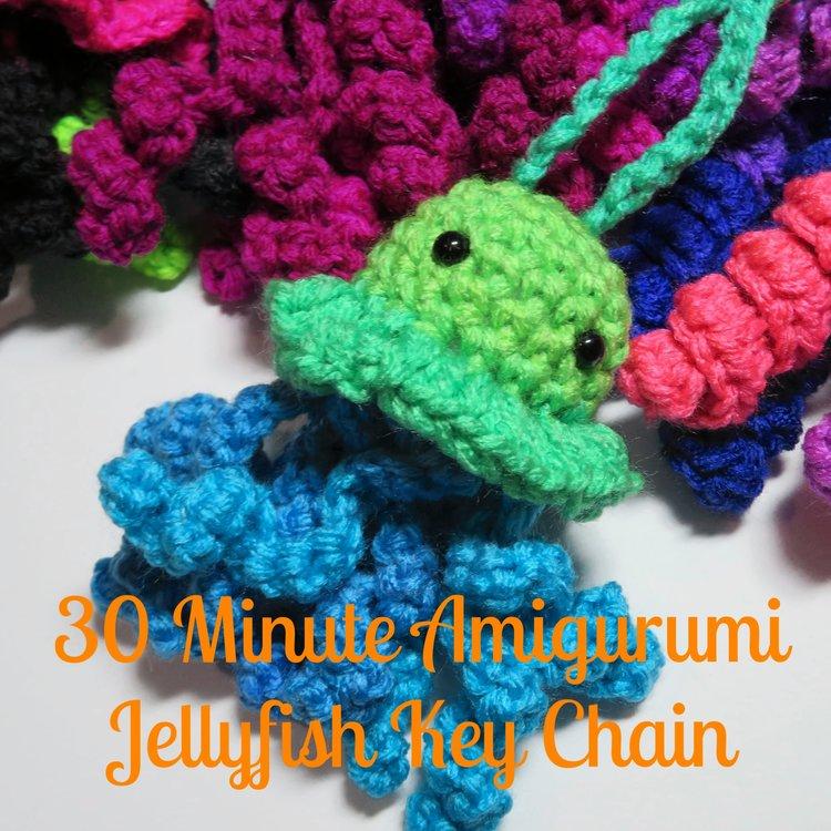 Crochet ragdoll jellyfish - A free crochet pattern - Yarnhild.com | 750x750