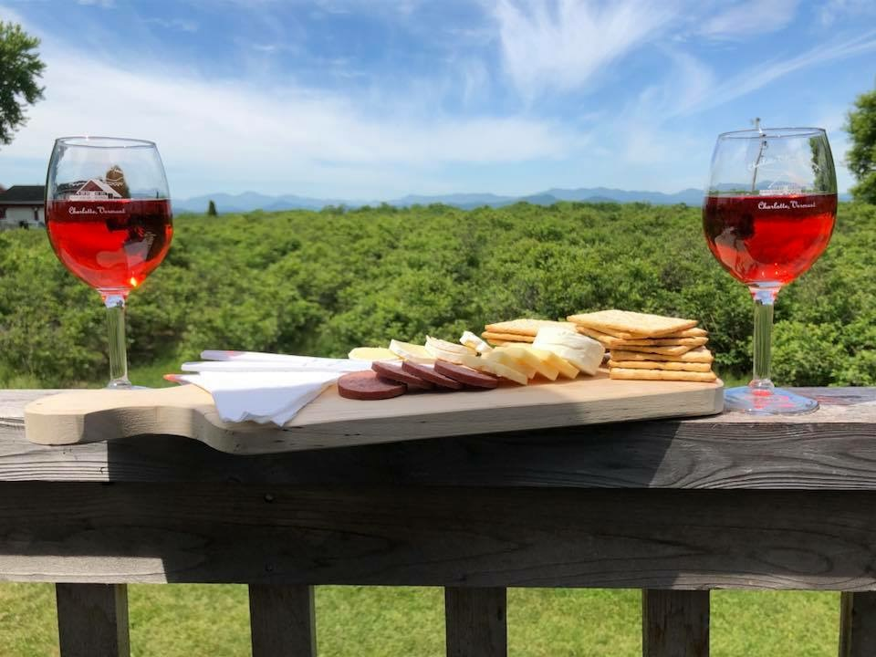 Vermont Vineyard Tour - Vermont is making award winning wines from cold hearty grapes. Sip the afternoon away as we visit some of the areas best vineyards such as Shelburne, Lincoln Peak, Neshobe Valley, Boyden Valley, Huntington Valley, Charlotte Village.