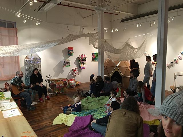 We had a great time in the space this morning with Andy & Brandee! Join us this evening from 5-8 for a community potluck in the MAP space in @eastworks_ma across from the RMV. #itsineasthampton @easthamptoncityarts