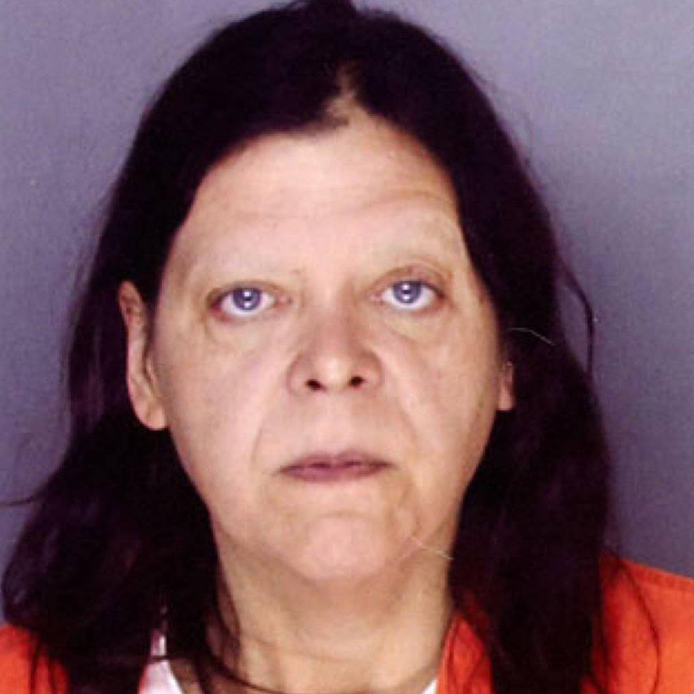 Diel-Amstrong wurde zu 30 Jahren + Lebenslänglich verurteilt. 2017 starb sie jedoch an Brustkrebs. -