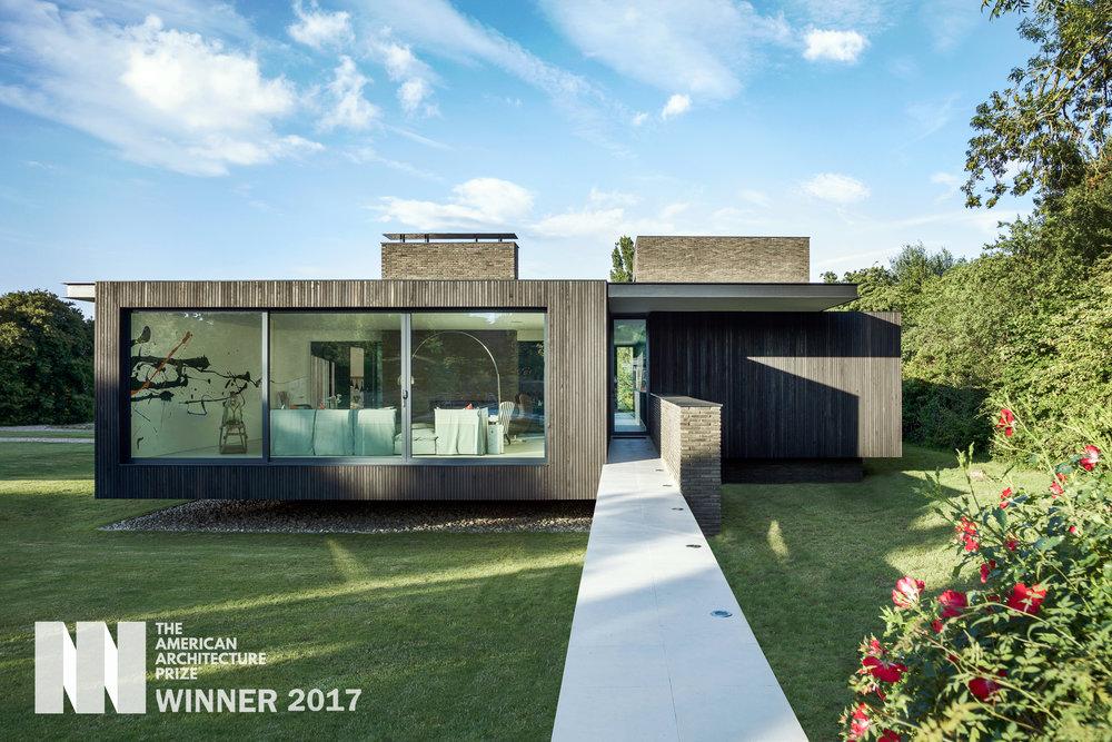 Black House (2).jpg