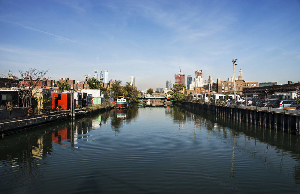 Gowanus photo video film studio rental with Cyclorama, Gourmet Prep + Shoot Kitchen, Portable Kitchen Setups, and Rooftop with shoot platforms overlooking Brooklyn NYC
