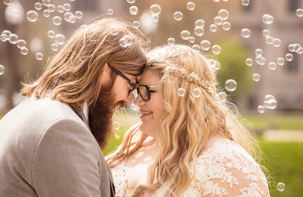 bride groom bubbles copy.jpg