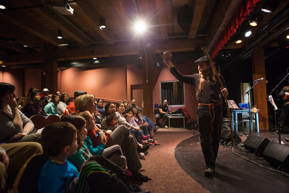 Grades 5+ - Residencies, Workshops and Performances for Grades 5+ in Schools / Theatre Youth Series