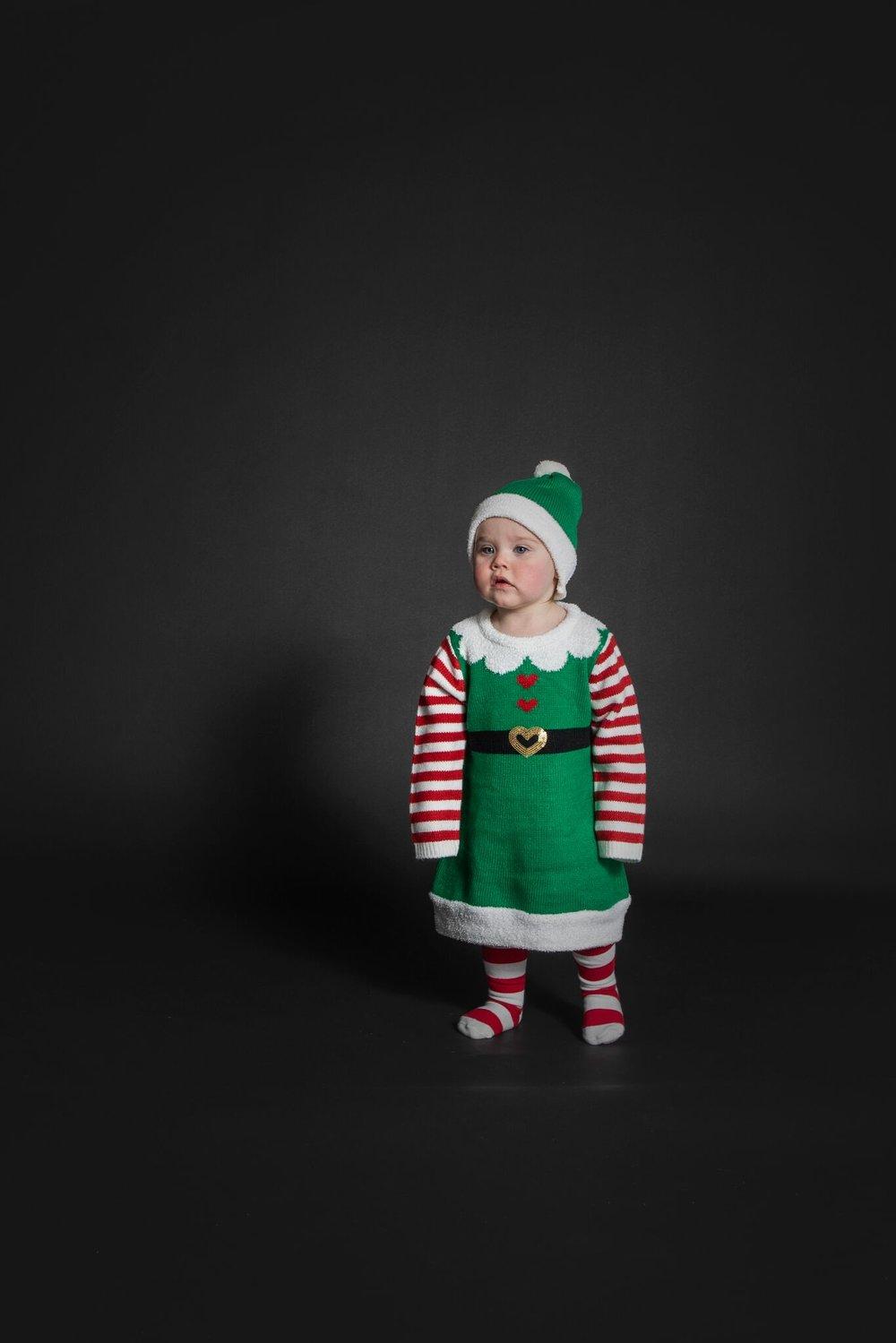desember = jul. jul = veldig søte kids i veldig søte kostymer!