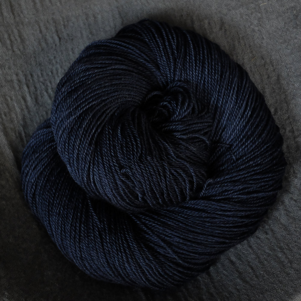 Midsummer night shown on Fingering - BFL/Silk/Cashmere