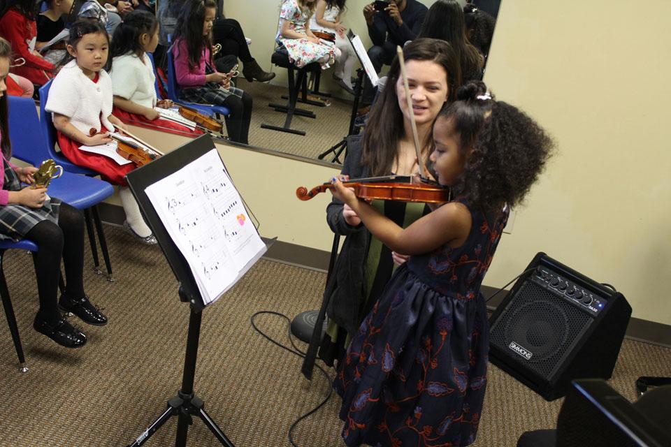 Natomas Music Square Group Stringbabies 1.jpg