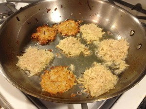 Cooking latkes