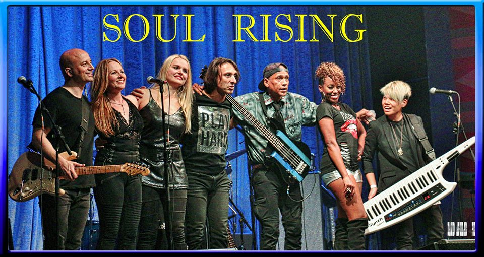 REGENT-AGUILAR-FULL LINEUP ONSTAGE AFTER SHOW.jpg