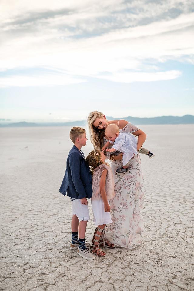 Bonneville Salt Flats_ ShaiLynn photo + Film08.jpg