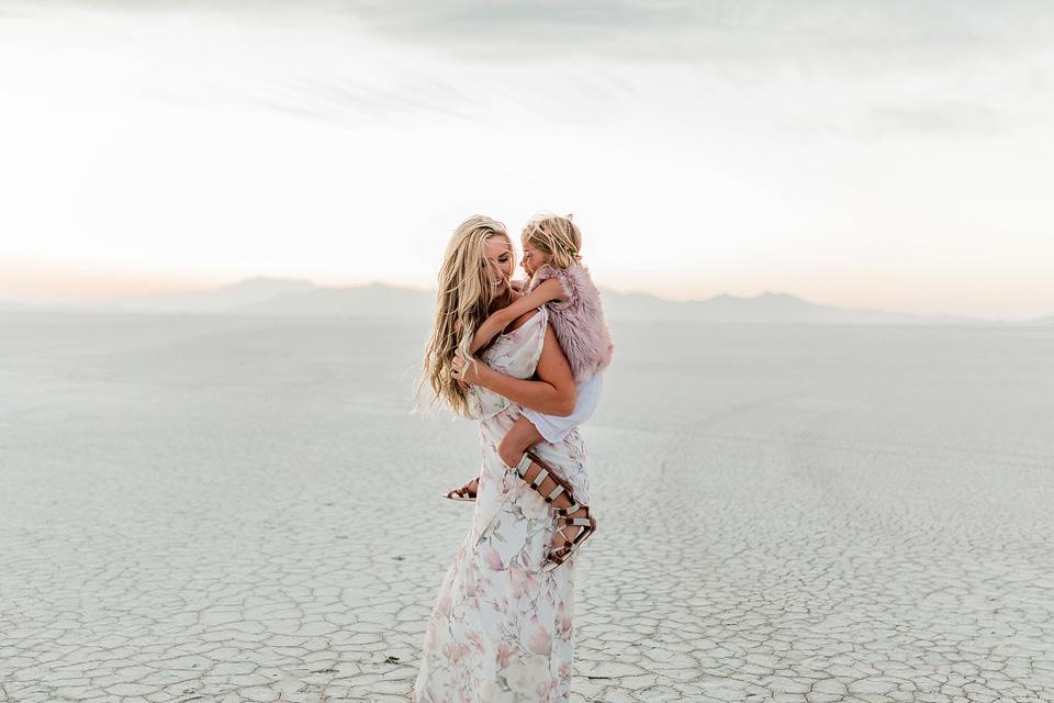 Bonneville Salt Flats_ ShaiLynn photo + Film20.jpg