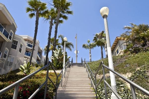 Long_Beach_Prayer_Walk.jpg
