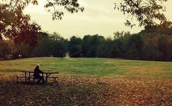 woman_sitting_at_park.jpg