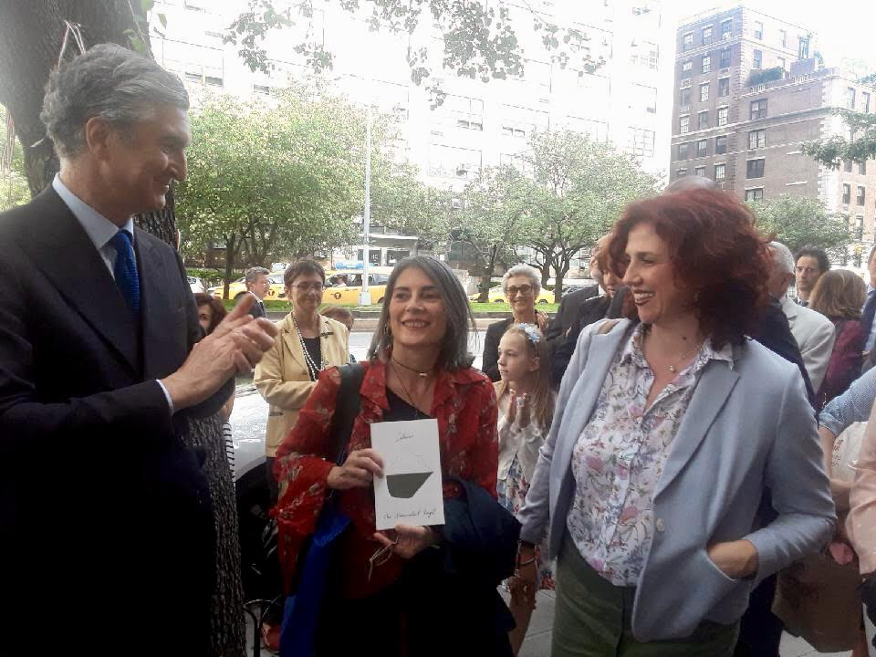 Benedetta & Stefania with the Consul General Francesco Genuardi