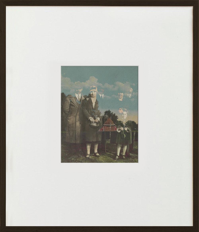 Elias Wessel  Familienaufstellung  (Vanitas), 2015  Color Photograph 70,5 x 60,6 cm (framed)