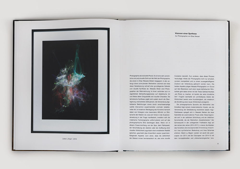 EliasWessel_Book_PhotographischeArbeiten_2014-2017_04_Inside.jpg