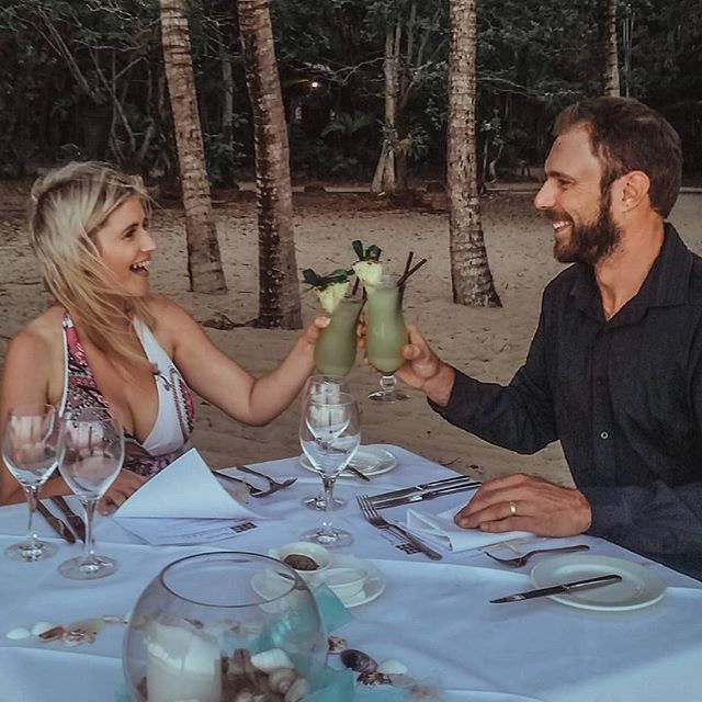 Flashback to our private honeymoon dinner at sunset on the beach at Kewarra Beach Resort, Cairns.  It was available as part of their amazing honeymoon package. We had such a magical time there!!! We are so blessed to live in such a beautiful country with so many places to explore.  @kewarra_beach_resort #kewarrabeachresort #cairns #honeymoon #romantic #tropicalparadise #takemeback #notsponsored
