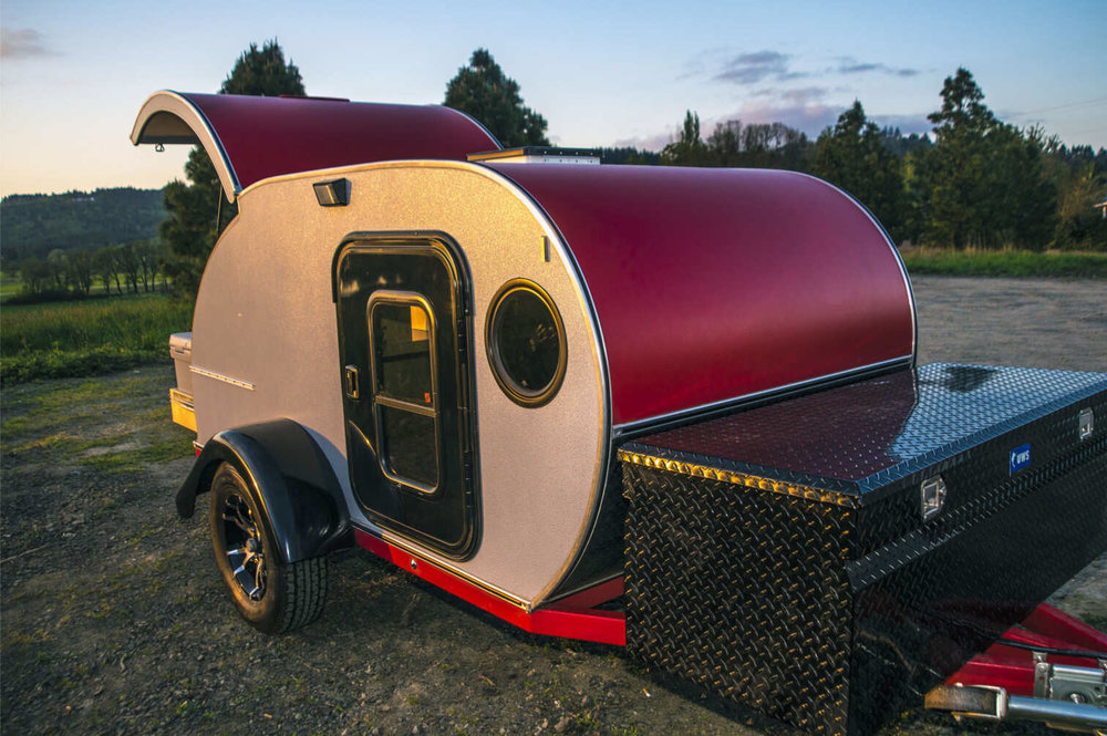 red-silver-trailer.jpg