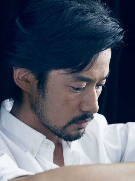 6_Takenouchi Yutaka_SKYWARD-JAL.jpg