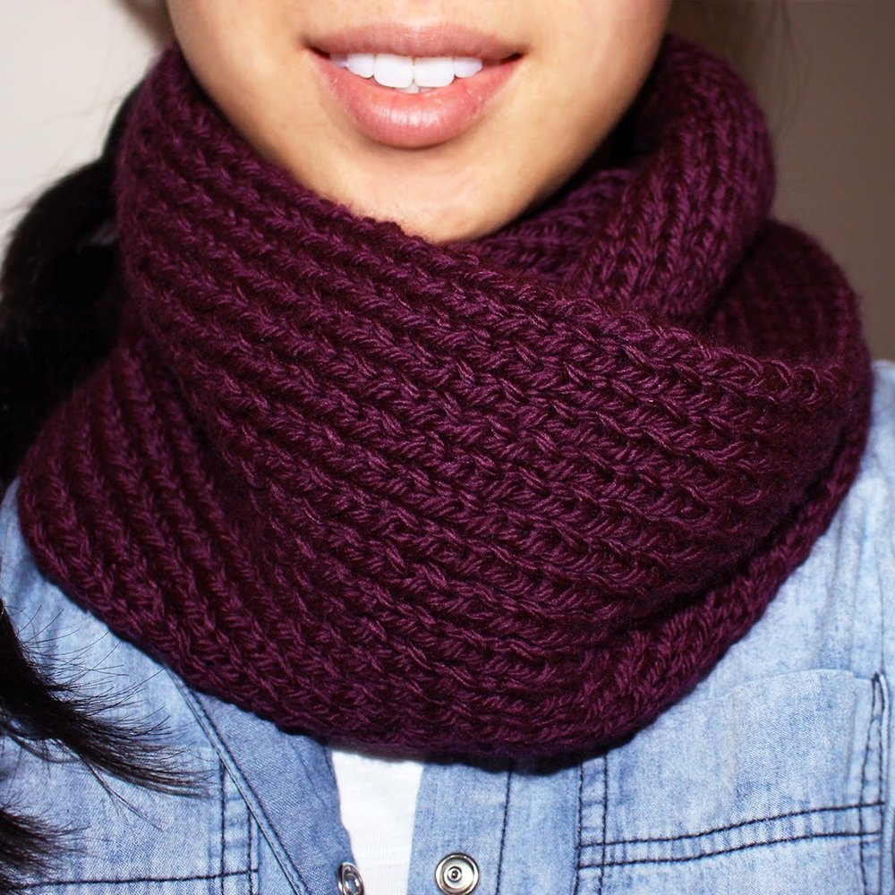 Acai infinity circle scarf by Purllin Knitting