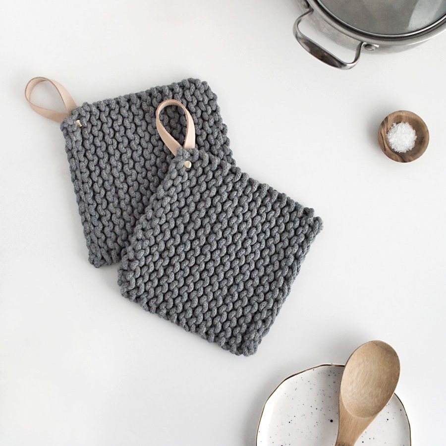 DIY knit potholders by Homey Oh My