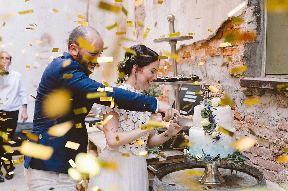 Hochzeit_Stuttgart_Schloss_Solitude_Weinhandlung_Kreis-_0052.jpg