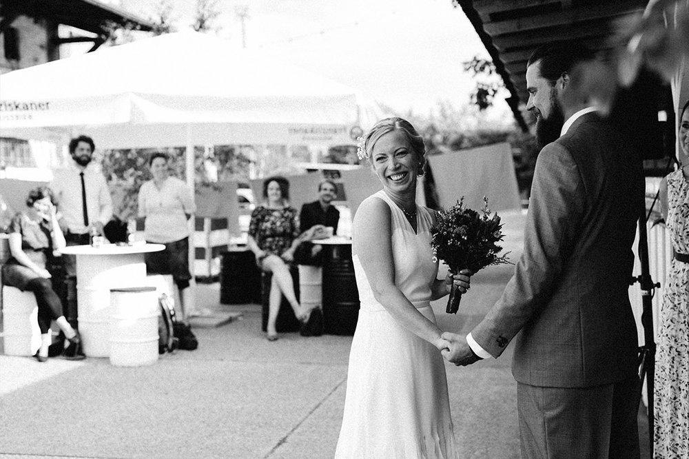 Hochzeit_vongreifswald_Friedrichshain_Berlin_0019.jpg