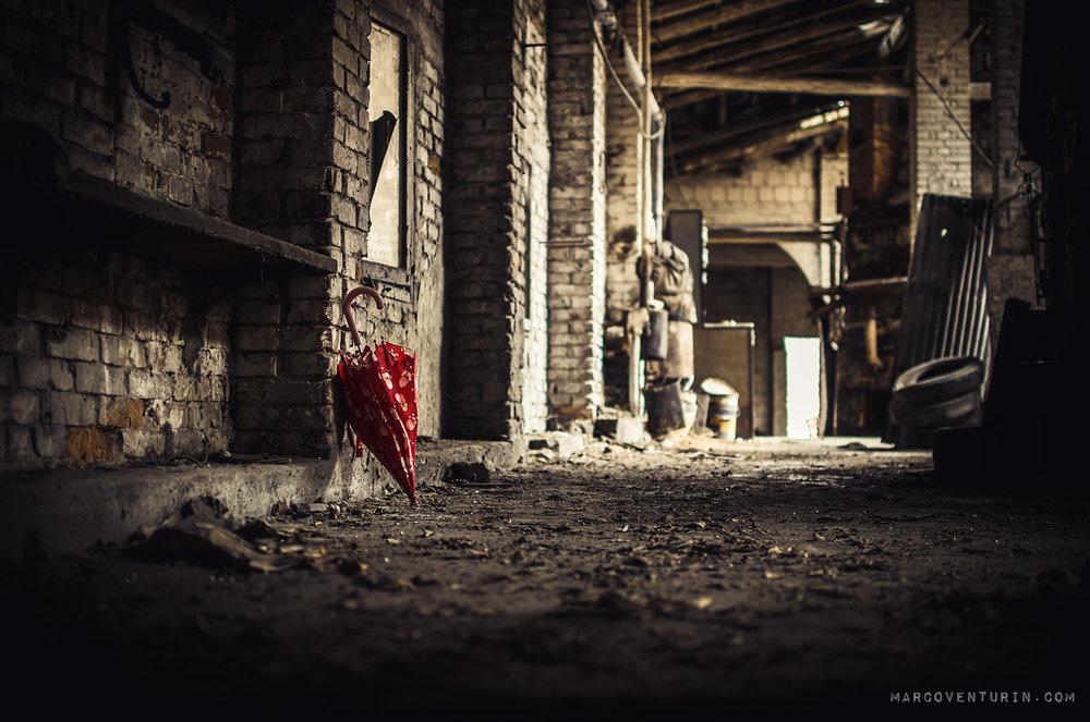 small-red-umbrella-3.jpg