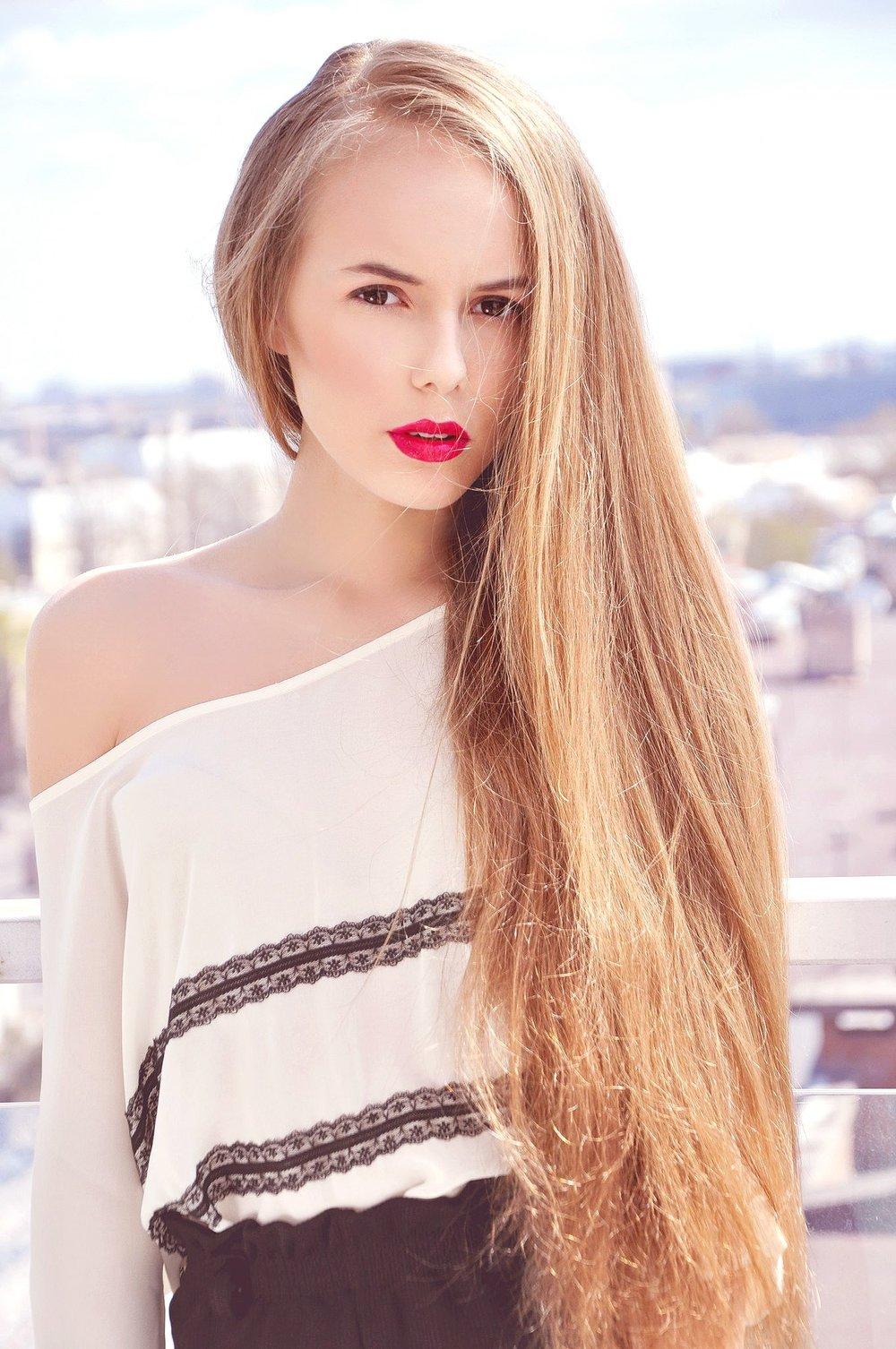 IVANENKO LIZA -