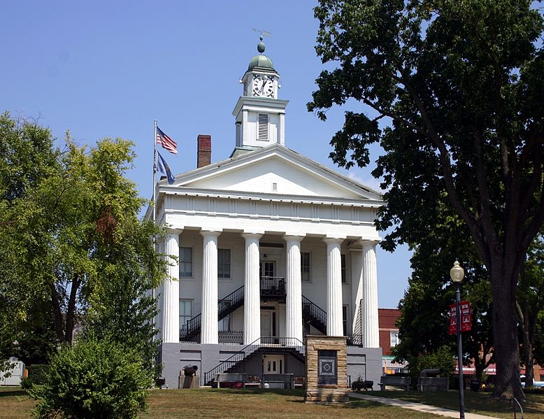 Orange County Courthouse in the center of Paoli (image - Wikipedia)