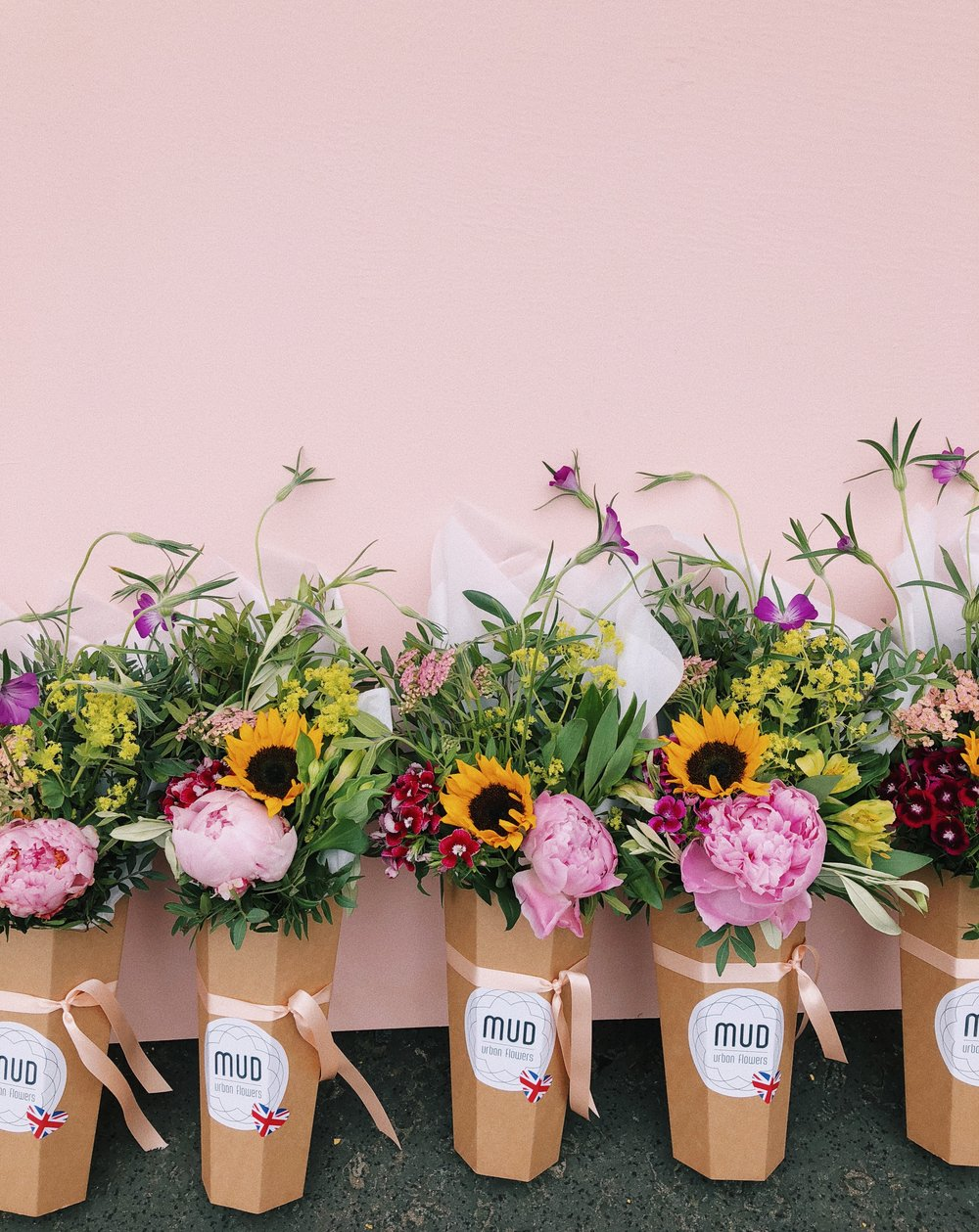 INTERESTED? - In early 2019 we will start to roll-out our franchisee programme. A Mud Urban Flowers franchise is suitable as an add on to an already established flower business or as a start up venture.We will initially be offering franchise opportunities in Aberdeen, Stirling, Dundee, Inverness, Newcastle, Leeds and Manchester.To be one of the first to hear about this exciting venture, please sign up below.