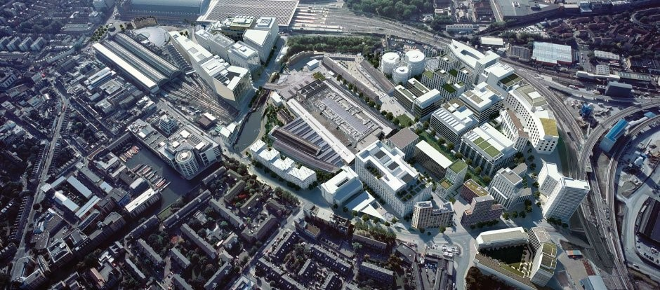 King's Cross Regeneration Strategy  (London, UK): The plan maximized access to an important transportation hub by creating a network of walkable pathways around the site. This addressed challenges presented by the physical constraints of the existing infrastructure, which had posed challenges to connect the surrounding communities.
