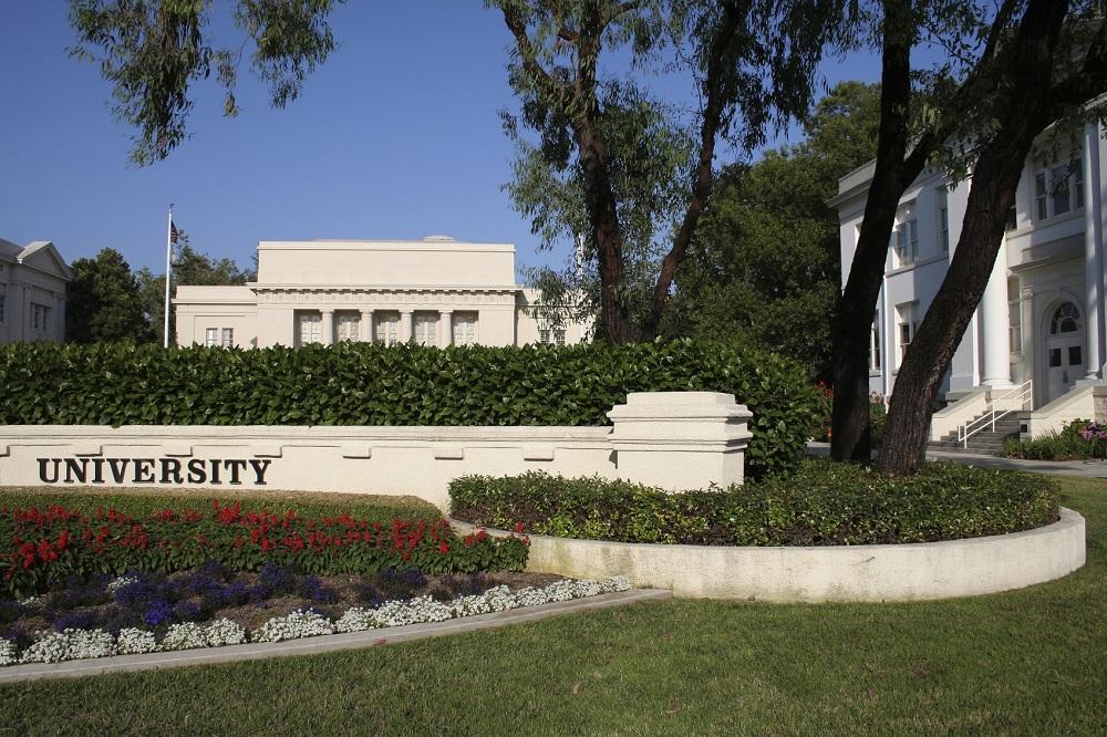 iStock_University-small.jpg