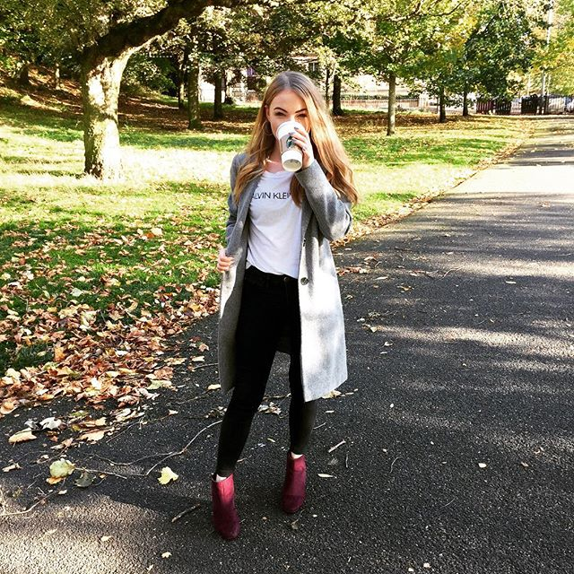 I'll be spending the next month wearing these boots and drinking pumpkin spice lattes 🍂 I got these for £12 in Primark and cannot stop wearing them 👠 . . . . #primark #autumn #fashion #discoverunder5k #liketkit #ukbloggers #discoverunder100k #discoverunder10k #fbloggers #bloggershare #styleblogger #followforfollow #fashionblogger #fashiondiaries #beautycommunity #like4like #likeback #followback #beautyblog #flashesofdelight #scotblogger #lifestyle #bbloggers #ukblogger #fblogger #bloggerstyle #outfit #girl #ootd