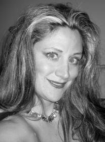 Jennifer der Torrossian-Studley, Soprano