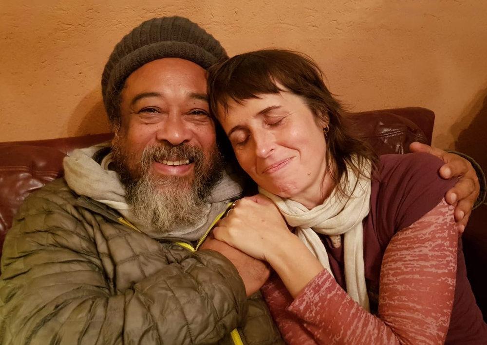 Mooji-and-NYC-Author-Yogi-Joelle-Hann.jpg