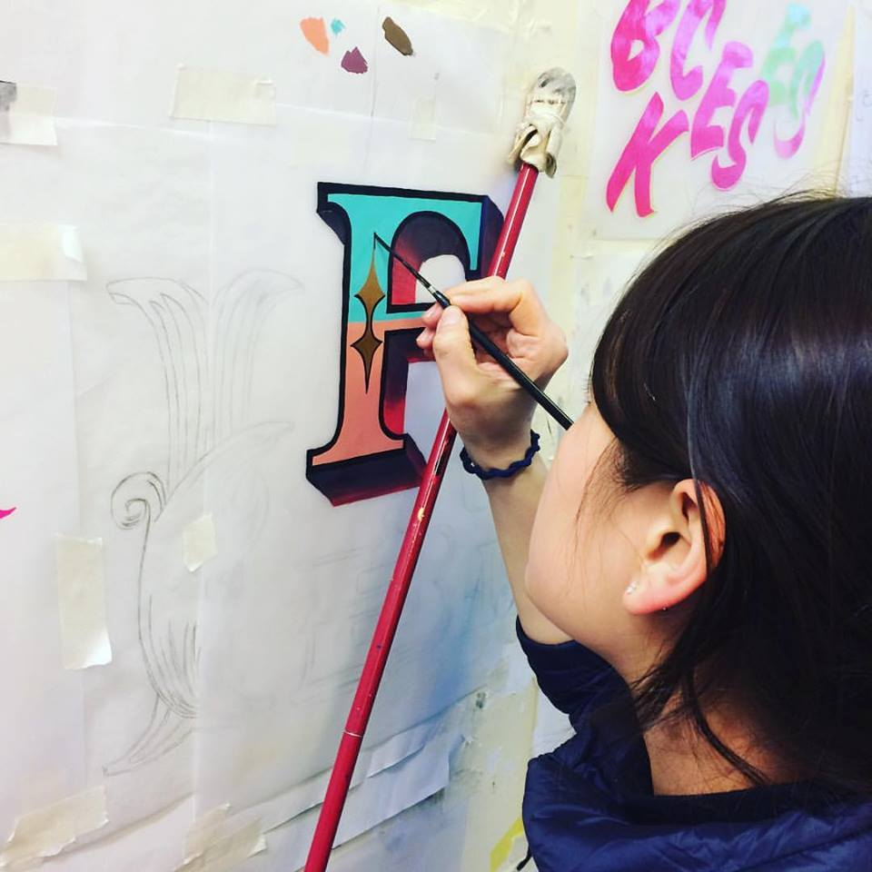 b ngs-signsmiths-carvnival-letters-learn-to-paint-letters-london-019.jpg