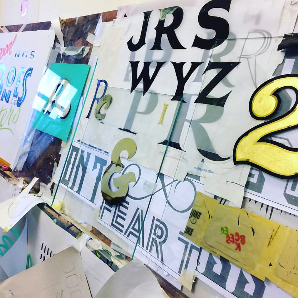b ngs-signsmiths-carvnival-letters-learn-to-paint-letters-london-016.jpg