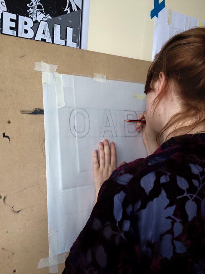 Chloe-Garrett-signwriting-for-the-first-time-in-London-5.jpg