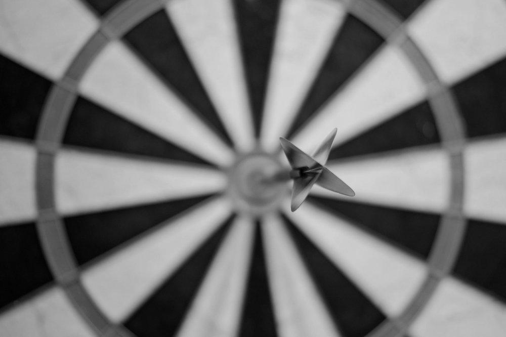 bullseye-dart-dartboard-15812.jpg