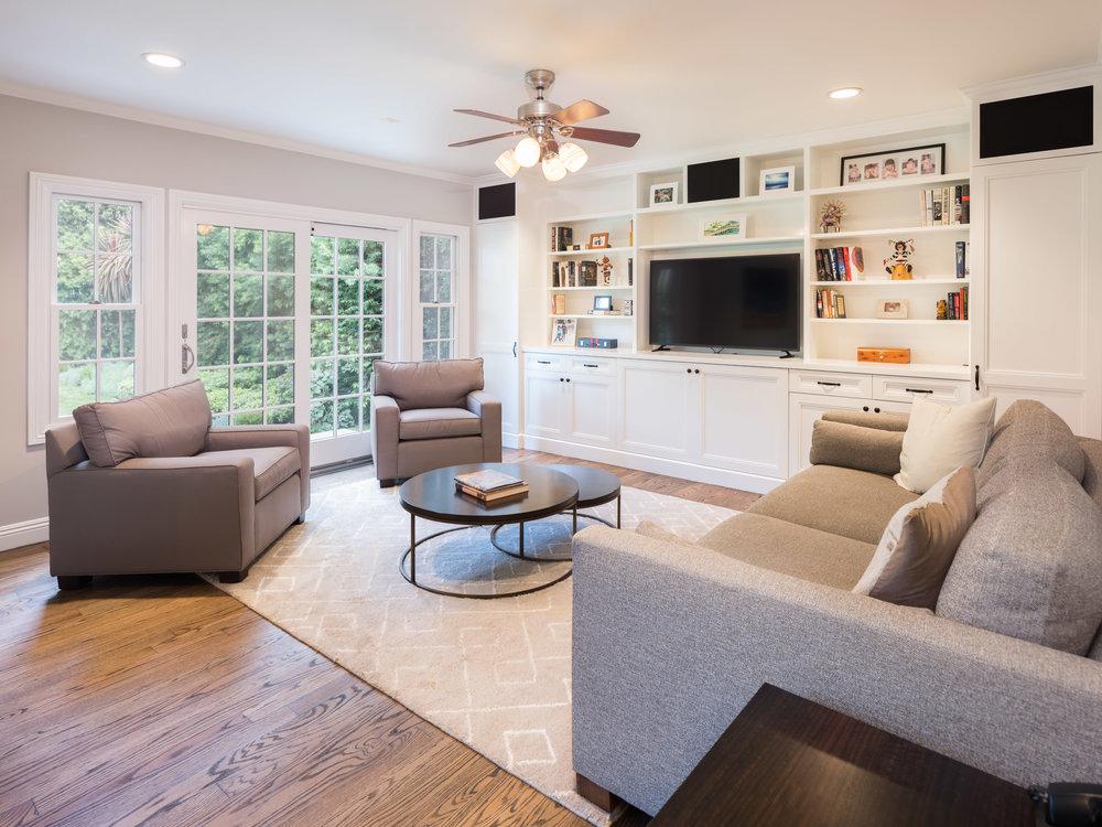 728 Woodruff Ave Westwood CA-print-016-4-Family Room-4200x3150-300dpi.jpg