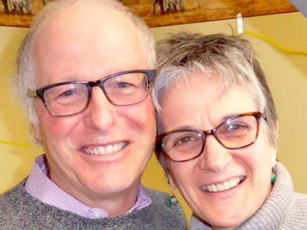 "Francis and Lise are launching a New Venture called ""l'Église simple"" or ""Simple Church."""
