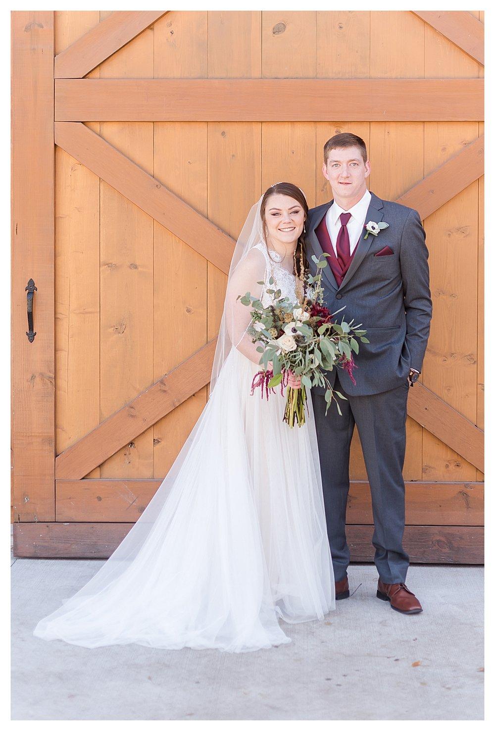 Hidden Hollow Farm Navy and Burgundry Wedding 19.jpg