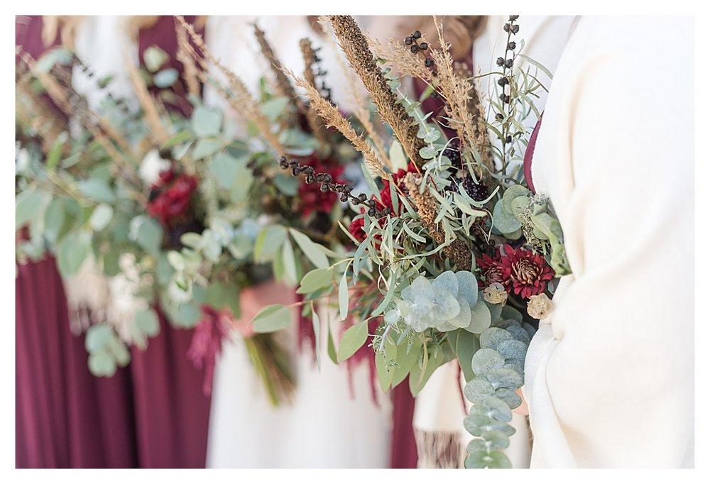 Hidden Hollow Farm Navy and Burgundry Wedding 23.jpg