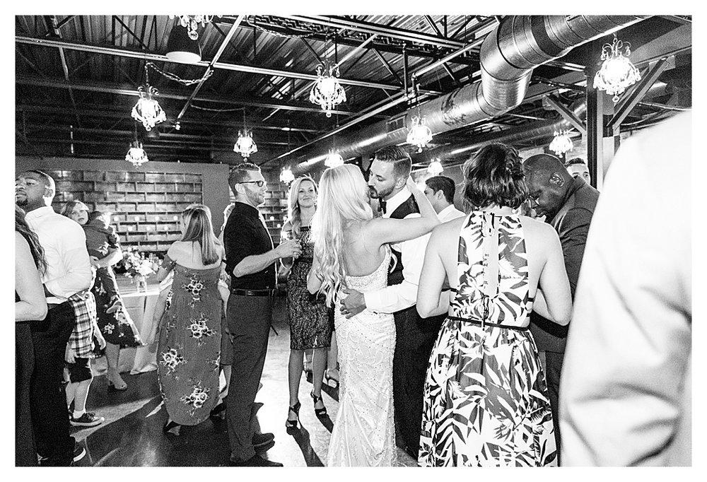 Canal 337 Wedding 17.jpg