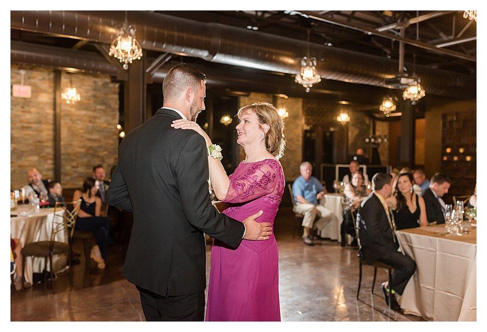 Canal 337 Wedding 24.jpg