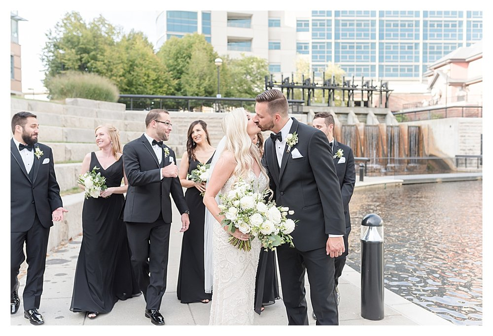 Indianapolis Wedding Photographers 25.jpg