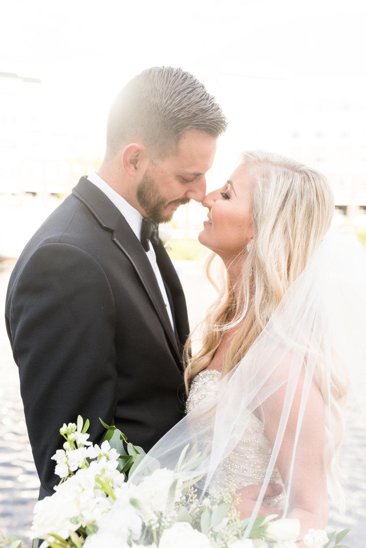 Benefits of a Friday and Sunday Wedding Indianapolis Wedding Photographers
